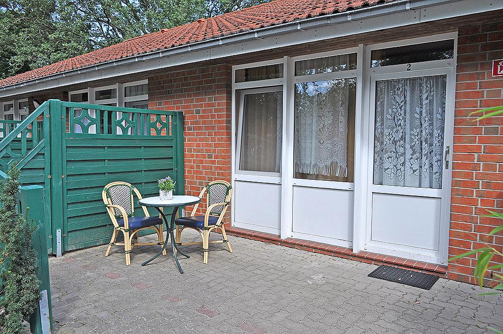http://lietzow.net/wp-content/uploads/2012/10/gaestehaus-lietzow-z03.jpg