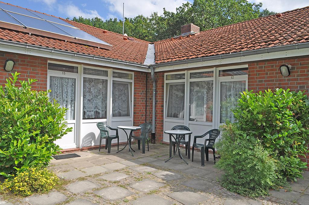 http://lietzow.net/wp-content/uploads/2012/10/gaestehaus-lietzow-z221.jpg